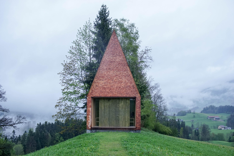 salgenreute-chapel-bernardo-bader-photo-jean-nicolas-lechat-urbantyper-front